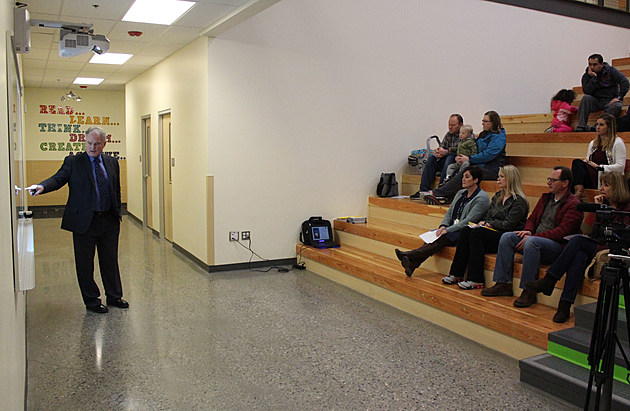 Twin Falls School District Superintendent Wiley Dobbs conducts a public meeting about the district's proposed levy, on Feb. 21 at Pillar Falls Elementary School. (Photo by Andrew Weeks)